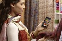 Украинцы покупают одежду с мобильных после ужина