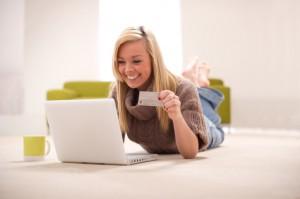 52% онлайн-покупательниц делают заказы ночью