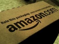 Amazon собирается одевать в свое