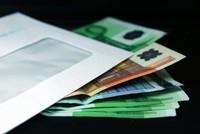Яндекс.Деньги  вкладывают в письма