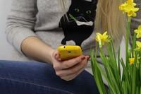 Половину всех рассылок читают на мобильных