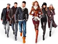 Почти половина онлайн-покупателей приобретает в Сети одежду
