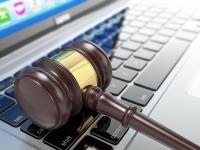 Суд отказал в иске за домен владельцу товарного знака. Прецедент?