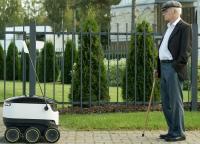 Роботы-курьеры уже доставляют товары