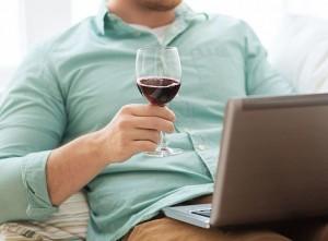 Алкоголь в Интернете ночью будет спать