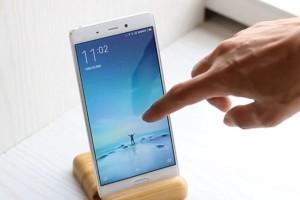 Смартфоны Xiaomi вышли на четвертое место по онлайн-продажам