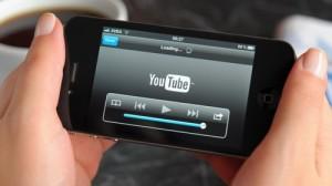 Смартфон приучает россиян смотреть видео в Сети