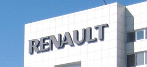 Renault идет на обгон в Рунете