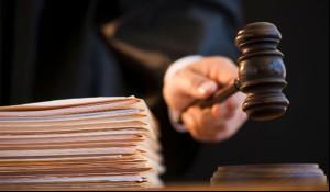 Суд не спешит банкротить Васинкевича