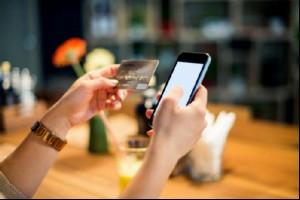 Доля мобильных покупок в США приближается к 50%