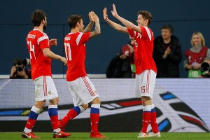 """""""Яндекс"""" начал продавать рекламу в футбольных онлайн-трансляциях"""