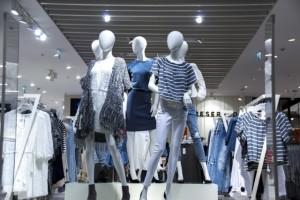 Испанцы введут платную примерку в магазинах, чтобы защититься от онлайна