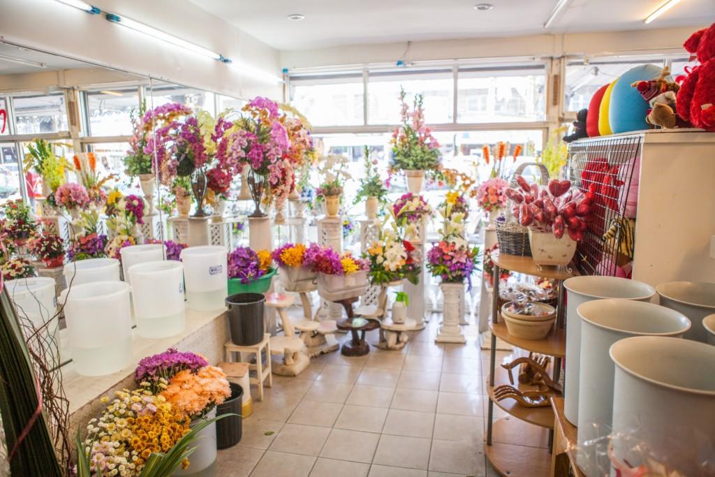 """""""Цветочная война"""": как два магазина борются за товарный знак"""