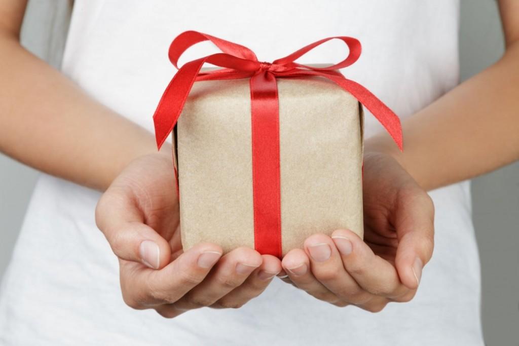 Треть новогодних подарков будет куплена в интернет-магазинах