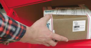 """Клиенты Shiptor смогут доставлять товары в постаматы """"Халва"""""""