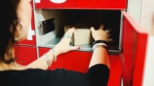 В сетях X5 Retail Group появятся постаматы для посылок из Китая