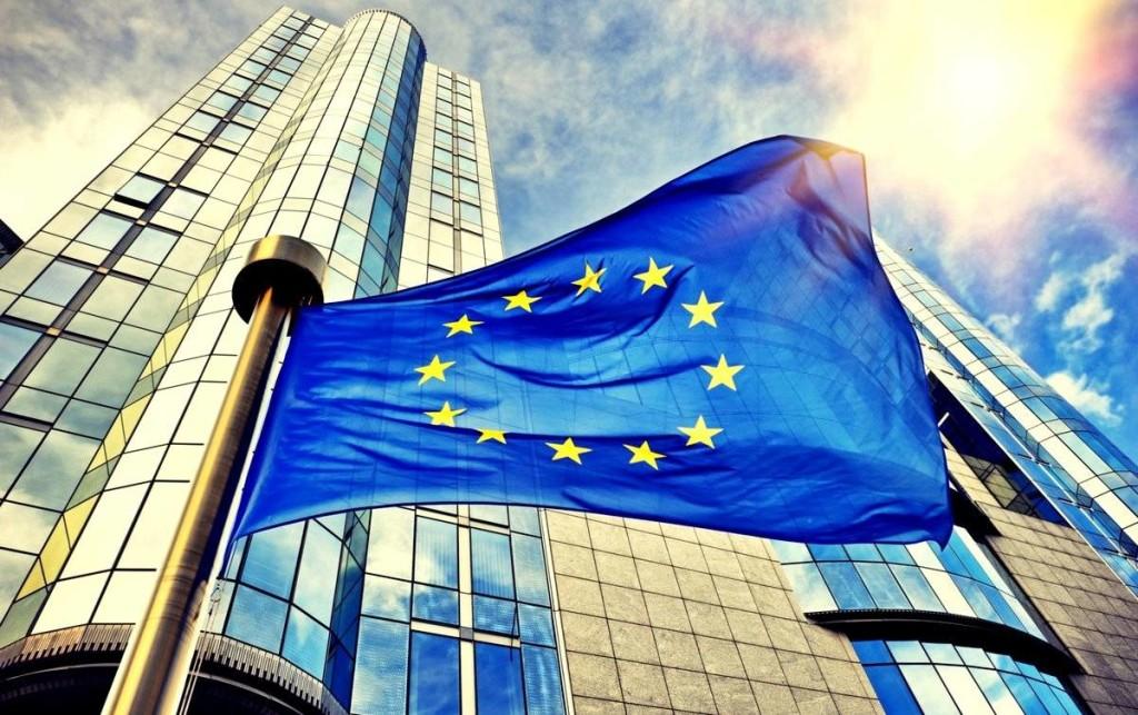 Еврокомиссия может оштрафовать Amazon на десятую часть его оборота