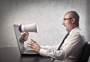 Мою компанию обругали в соцсетях – что делать?