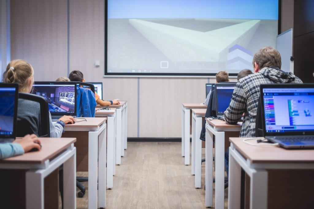 Wildberries научит школьников строить интернет-магазины