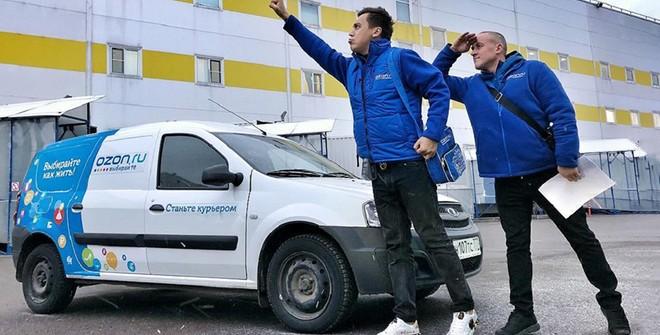 Ozon тестирует в Москве сверхсрочную доставку продуктов