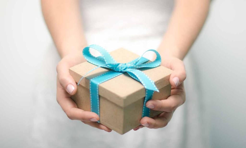 Ozon запустил отправку подарков