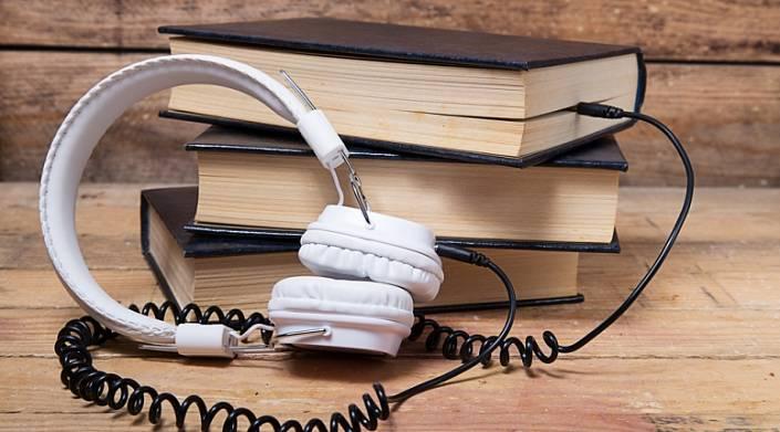 """Вместо фэнтези про """"попаданцев"""" россияне покупают книги по личностному росту"""