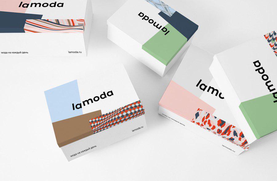 Lamoda разместила рекламу на московском теплоходе