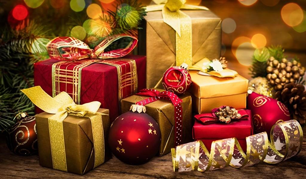 Яндекс рассказал какие подарки покупали в интернет-магазинах