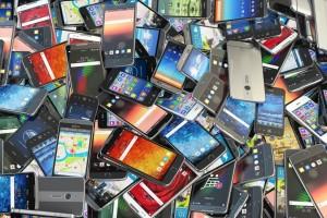 В России быстро растет рынок подержанных смартфонов
