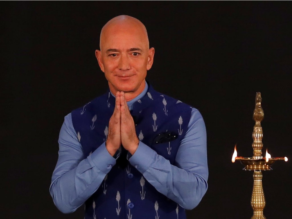Amazon потратит миллиард долларов на вывод индийского бизнеса в онлайн