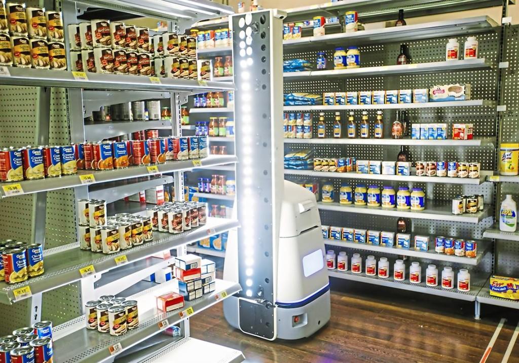 Walmart оснастит тысячу магазинов сотрудниками-роботами