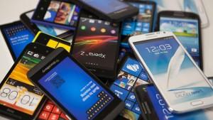 На Avito за год продали два миллиона смартфонов