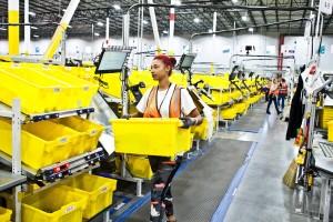 Amazon закрыл склады в шести штатах из-за коронавируса