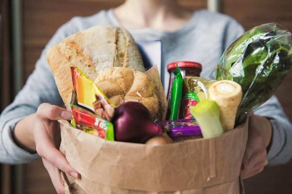 Россияне стали заказывать больше еды с доставкой на дом