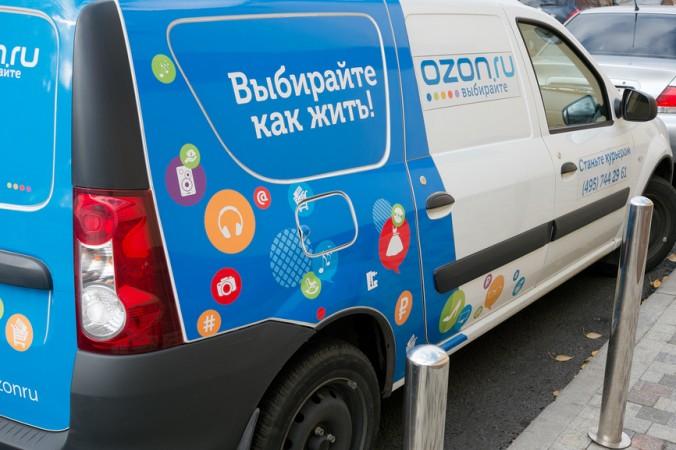Ozon перестал доставлять заказы в постаматы партнеров