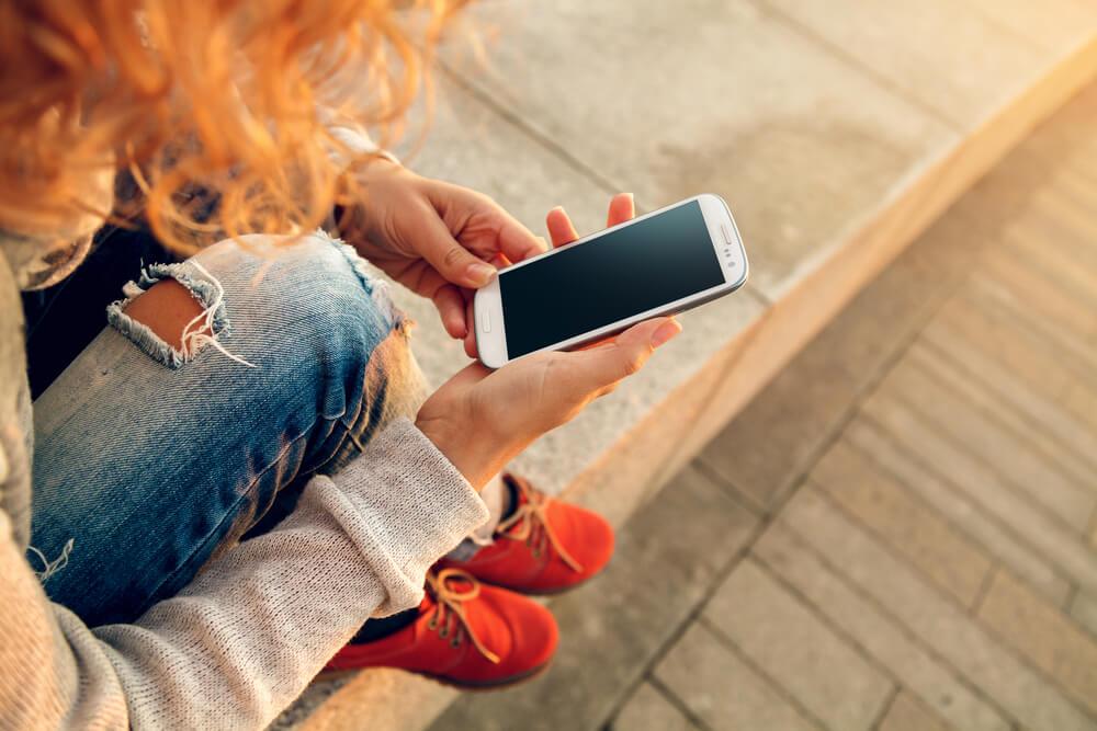"""""""Связной"""": каждый пятый смартфон покупается в Интернете"""