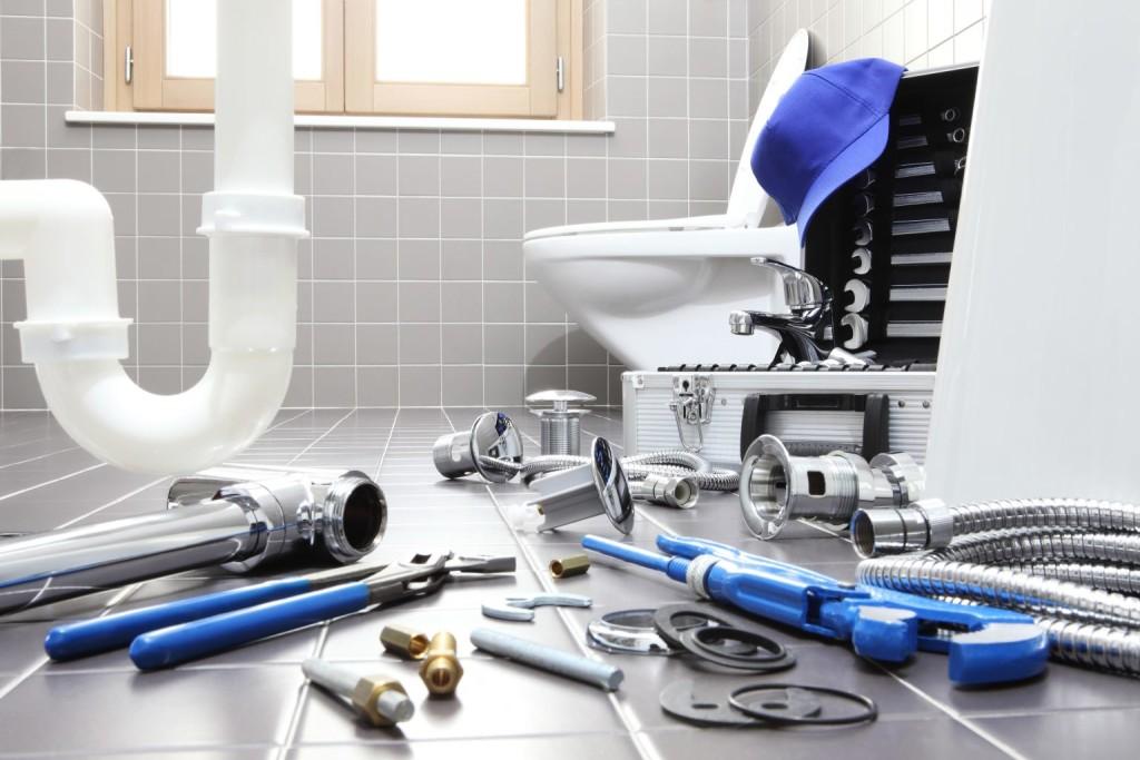 Россияне занялись домашним ремонтом: спрос на сантехнику вырос вдвое