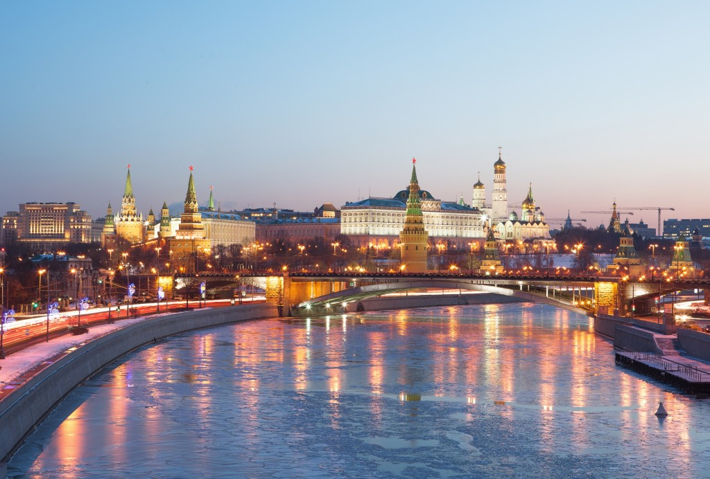 В Москве ввели электронные пропуска для поездок: что делать интернет-магазинам