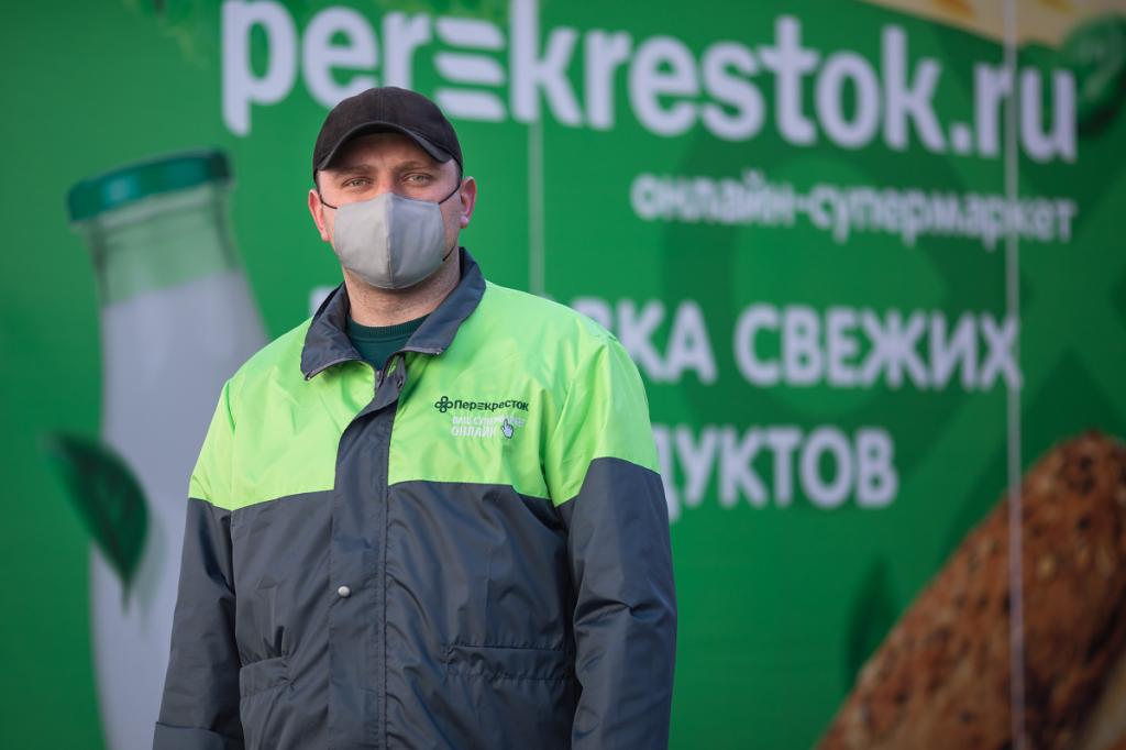 Perekrestok.ru досрочно запустил четвертый dark store, чтобы справиться с наплывом заказов