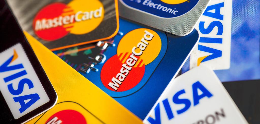 Visa и Mastercаrd снижают межбанковскую комиссию для интернет-магазинов