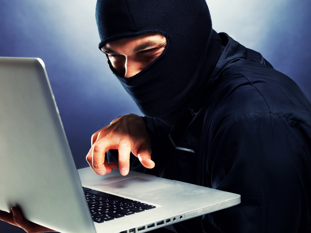 В Сети предлагают онлайн-доступ якобы к клиентской базе СДЭК