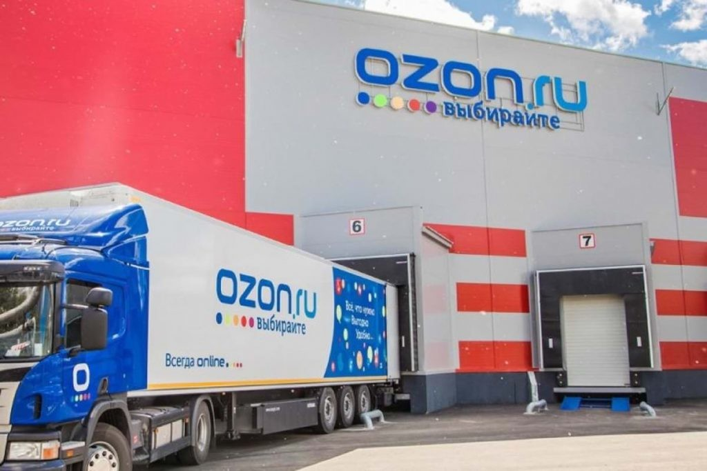 Продажи сторонних магазинов превысили половину оборота Ozon