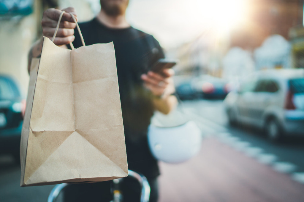Как организовать доставку еды: делаем удобный для всех сервис