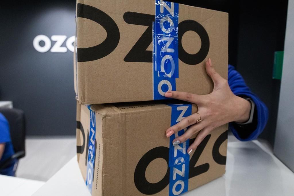 Ozon решил не блокировать продавцов из-за ценового индекса. Те не верят своему счастью, но хотят большего