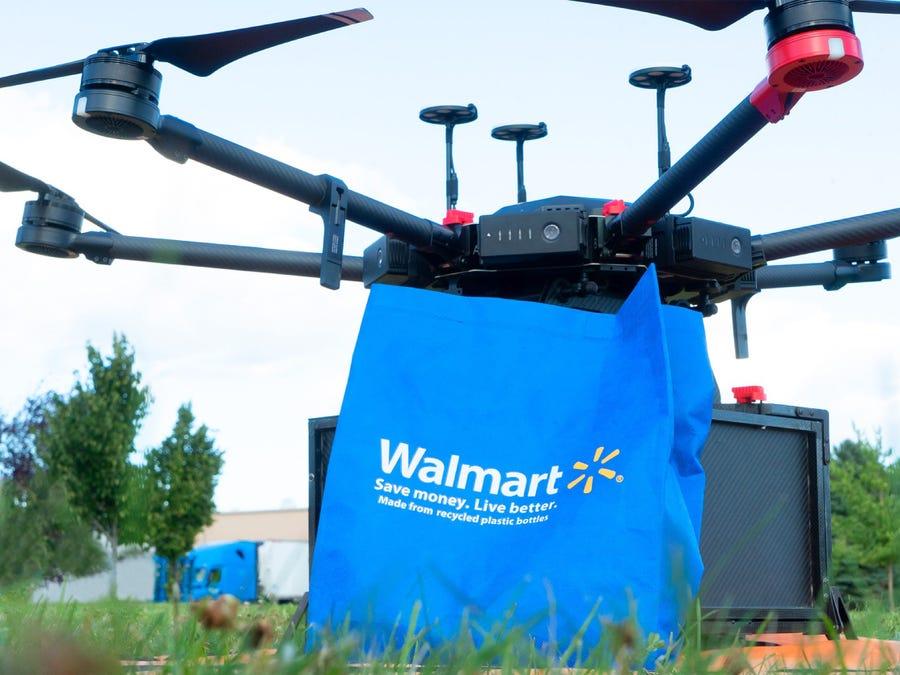 У Walmart тоже появились дроны-доставщики