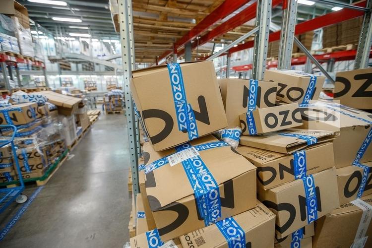 Ozon вводит плату за сборку товаров, хранящихся на своем складе
