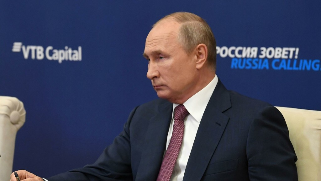 Путин: Налогам - отсрочку, проверкам - отмену, карантину - не бывать!