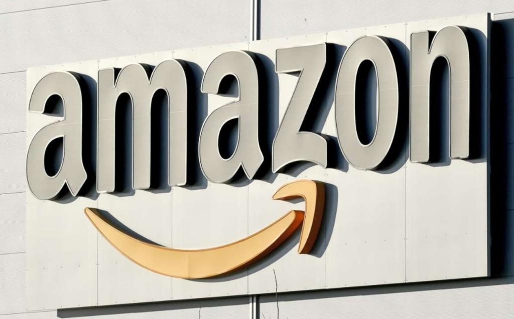Власти Парижа призывают к бойкоту Amazon