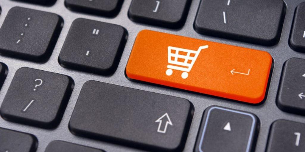 Популярность онлайн-торговли снижается, офлайн дает повод выйти из квартиры