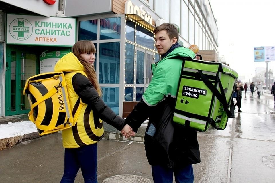 Курьеры Яндекс.Еды и Delivery Club требуют зимнюю рабочую одежду (дополнено)